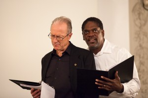 As Ulysses, with Seinfeld (Will Lyman) of the Defense Ministry (PHOTO: Q Fotos)